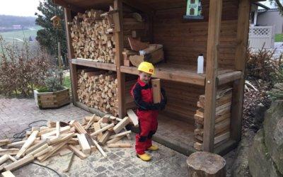 Brennholzunterstände mit optischem Anspruch